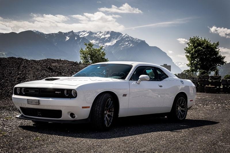 Dodge Challenger SRT 392 6.4 Liter Hemi V8